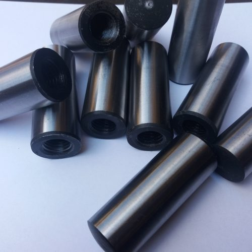 kołki stożkowe z gwintem wewnetrznym<br/>PN/M-85019, DIN-7978